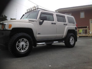 2008 HUMMER H3 SPOTLESS CONDITION HWY DRIVEN  MAKE OFFER