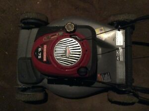 Craftsman 6.75 hp Briggs & stratton self propelled mower