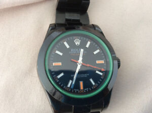 Self winding mens watch clear crystal watch looks new