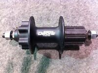 Shimano deore 525 rear hub and 475 front hub