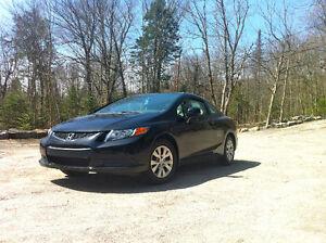 Honda Civic LX Coupé (2 portes) 51 000 kms!!