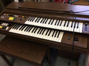 Orgue Yamaha B35