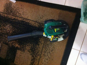 Like new Weedeater Leaf Blower