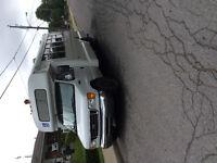 Autobus girardin (handicape) 2005 e-450 super duty