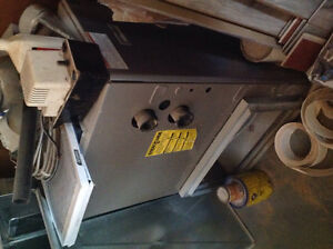 High efficiency natural gas furnace