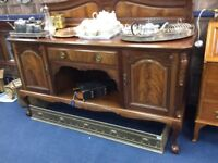 Stunning Sideboard / mint condition