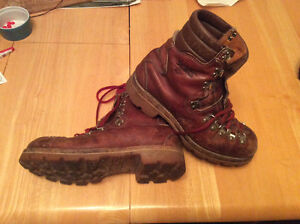 Vintage Scats Hiking Boots With Vibram Sole