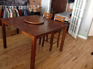 Solid maple dining room set- 8 chairs/lazy susan