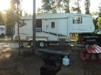 2006 24 Ft Conquest Fifth Wheel