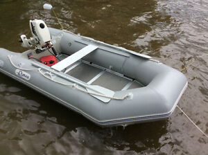 Inflatable 10.4 duras boat