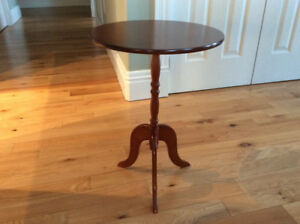 Table - small occasional
