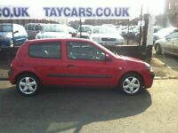 TAYCARS DUNDEE GENUINE SPRING SALE!! RENAULT CLIO, 1 YEARS MOT NOW....£795