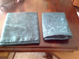 Two Cloth Table Clothes