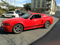 2013 Ford Mustang Coupe (2 door) premium V6