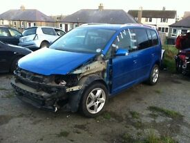 Touran parts breaking full car