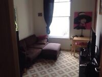 Small One bedroom in Chelsea homeswap for large one bedroom London