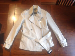 Burberry trench coat, short style