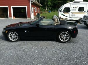 2006 BMW Z4 3.0i Coupe (2 door)