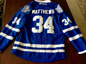 NHL LEAFS JERSEY AUSTON MATTHEWS#34 SIZE L/XL YOUTH orLADIES S/M