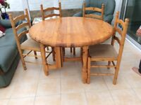Solid pine gate leg table