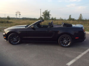 2012 Ford Mustang Club/America Cabriolet