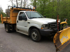 Ford F550 Dump Truck 4x4-  LOW KM'S