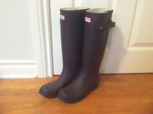 Hunter Rain Boots - wide calf - size 7