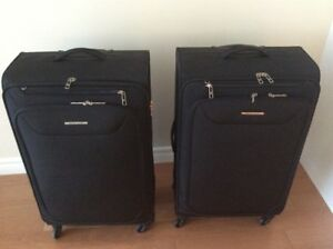 2 New luggages used only once to move to Saint John.
