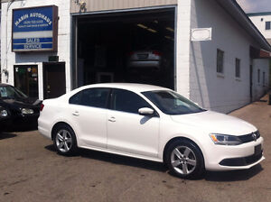 2011 Volkswagen Jetta 2.5L Sedan/ alloys/ auto/ For Sale