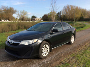Toyota Camry Hybride LE 2014