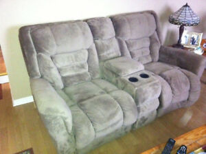 ONLY $100 OR BEST OFFER: MATCHING COUCH AND LOVESEAT