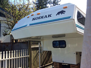 Kodiak Camper 9 Ft. 10 inchs
