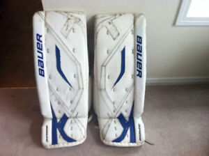 32+1~~ Bauer ONE80 Goalie Pads