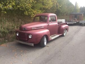 FORD F47 PICK-UP
