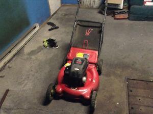 Lawn mower Briggs & Stratton 4.0 hp