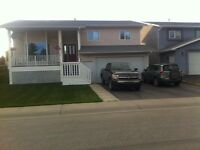 3 bedroom house in Hinton, AB For Sale