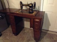 1900's era White Sewing Machine