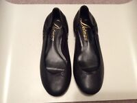 Sz 8 real leather Delman ballet flats - excellent condition
