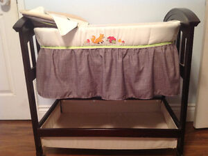 Bassinet: Summer Fox and Friends