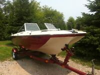 Crestliner bowrider with trailer and 65 hp mercury motor