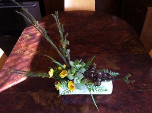 Artificial floral / flower arrangements