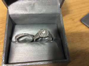 Bridal Set Engagement Ring & Wedding Band