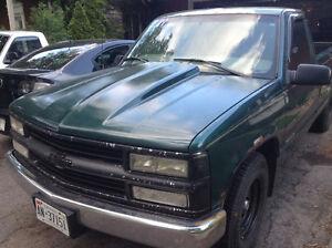 1998 GMC C/K 1500 Pickup Truck