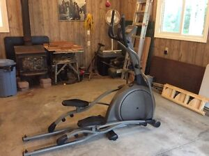 Vision Fitness - Elliptical Trainer