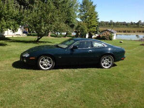 2002 Jaguar XK8, 77000 original. Kms, Certified
