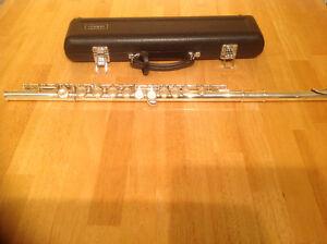 Yamaha YFL 221 Flute