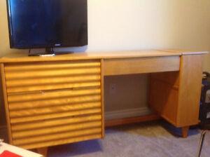 Desk/ dresser