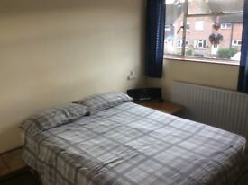 Large double room in House share £135 per week ALL BILLS