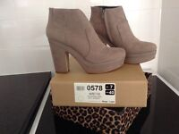 River island women's boots size 7
