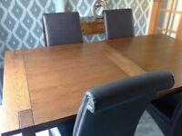 Marks and Spencer Sanoma extending dining table.